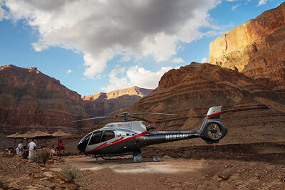 Maverick Helicopter Landing at Grand Canyon Wind Dancer Tour