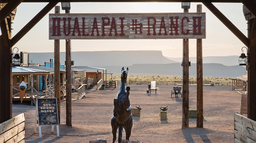 Entrance At Hualapai Ranch