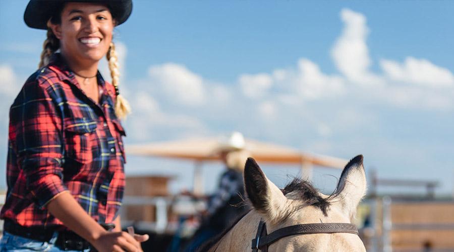 Horse Back Riding at Hualapai Ranch