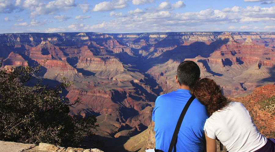 Grand Canyon South Rim Canyon View with Couple