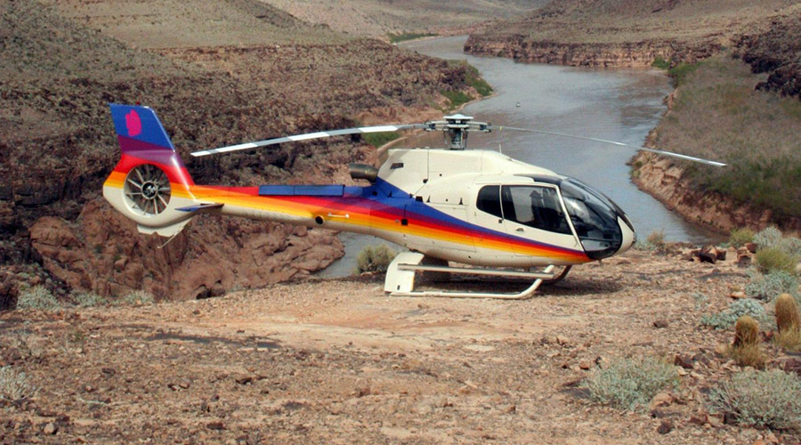 Helicopter Landed in Grand Canyon West Rim