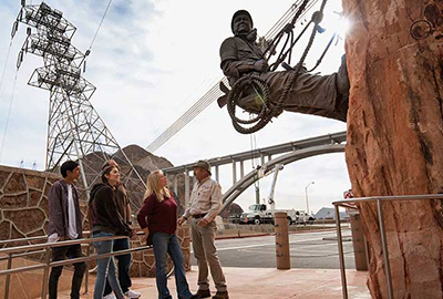 Hoover Dam Commemorative Statue To Workers