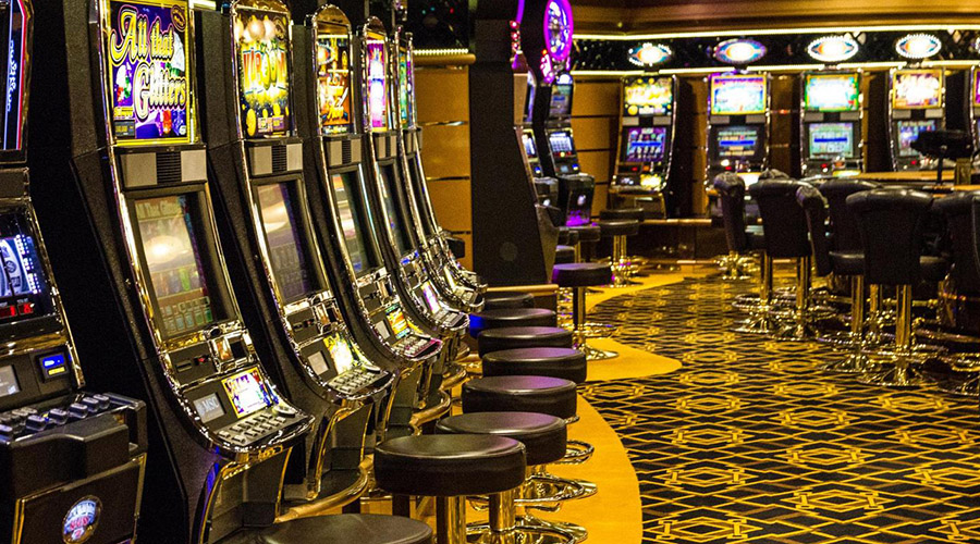 Slot MAchines in Laughlin Nevada 900 x 500