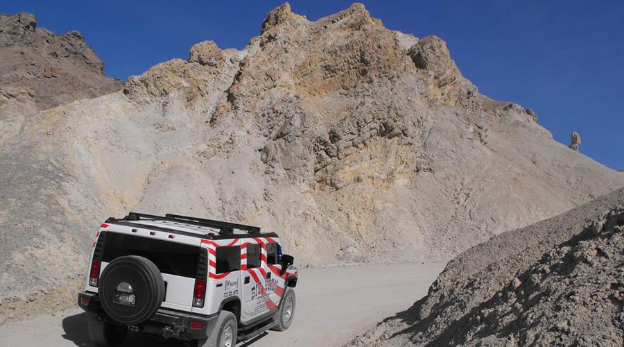 Hummer in Death Valley